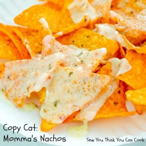 Copy Cat Momma's Nachos for #SundaySupper from Sew You Think You Can Cook Two ingredients and 10 seconds for the ultimate tailgating snack