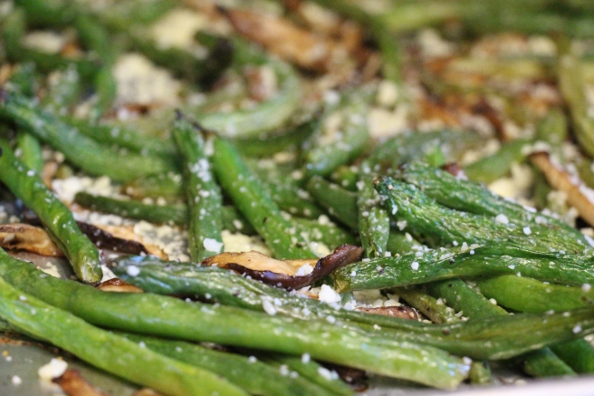Roasted Green Beans and Mushrooms for #SecretRecipeClub from Sew You Think You Can Cook